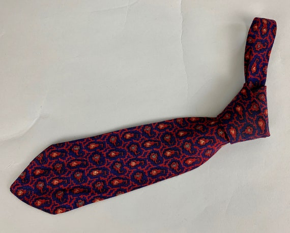 Vintage 1930s Dapper Dan Necktie | Vintage 30s Midnight Blue Wool Self Tie with Maroon Peach and Dusty Blue Woven Pixelated Paisley Pattern