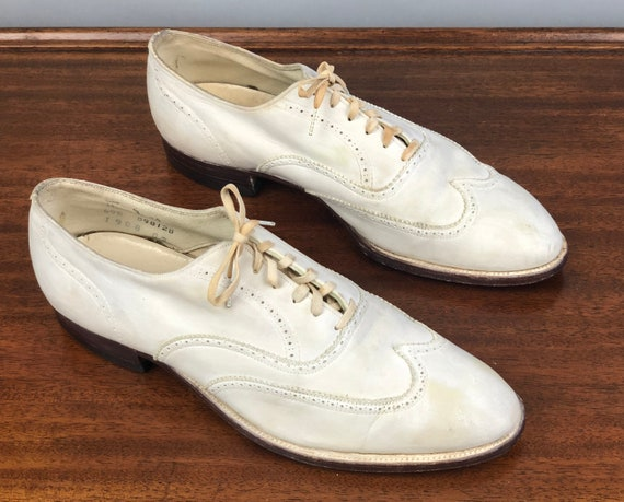 """1930s Alabaster White Mens Shoes 