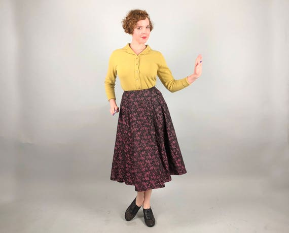 Vintage 1940s 1950s Skirt | 40s 50s Dusty Rose Pink and Black Floral Jacquard Taffeta Eight-Panel Midi Cocktail Party Skirt | Small Medium