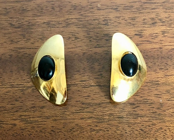 Vintage 1950s 1960s Earrings | 50s 60s Ultra Lightweight Gold-Tone Modernist Mid Century Post Stud Earrings with Black Resin Cabochons