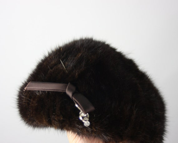 1950s Fur Hat   Vintage 50s Dark Brown Hat with Satin and Rhinestone Pin