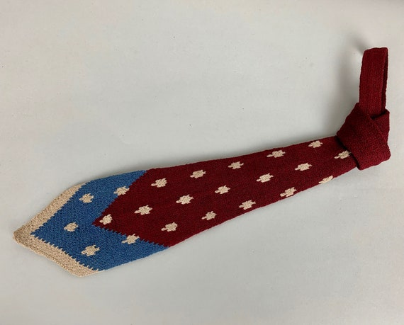 Vintage 1930s Dapper Dan Necktie | Vintage 30s Maroon Red Cornflower Blue and Ivory White Wool Hand Knit Tie