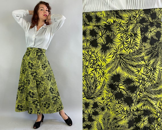 1950s Cute and Casual Chartreuse Skirt | Vintage 50s Yellow Green and Black Palm Leaf Pattern Summer Cotton Full Skirt | Large