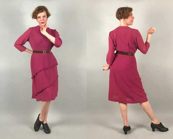 1940s Volup Magenta Dress | Vintage 40s Pink Purple Rayon Crepe Three-Quarter Sleeve Day Dress with Ruffle Detail | Large Extra Large XL