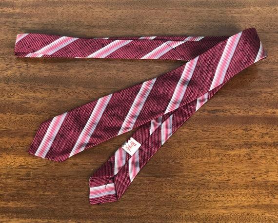 "Vintage 1950s 1960s Mens Necktie   50s 60s Fuschia Pink Grey Gray Silver & Black Diagonal Striped Tie with Textural Feel by ""Regal"""