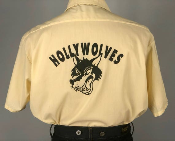 1950s 1960s 'Hollywolves' Mens Shirt | Vintage 50s 60s Pale Butter Yellow Novelty Hollywood Screen Print Button-Up Shirt | Large