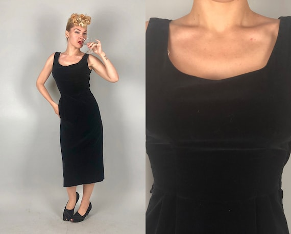 Vintage 1960s Dress | 60s Black Velvet LBD Scoop Neck Pencil Sheath Cocktail Evening Dress | Small