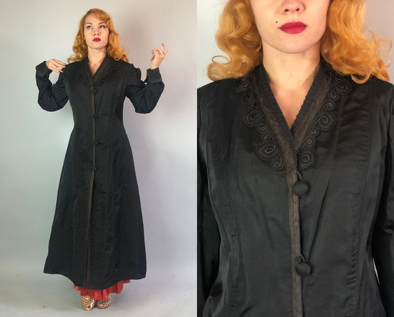 Teens Art Nouveau Coat   Vintage 1910s Black Silk Overcoat w/ Soutcache, Lace Appliqué, and Covered Buttons by 'Stull & Sonnikesen'   Small