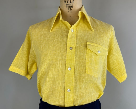 1950s Sunny Sam Short Sleeve Shirt   Vintage 50s Bright Yellow with White Flecks Cotton Mens Oxford Top with Flapped Chest Pocket   Large