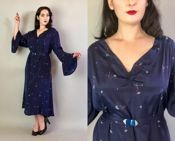 1920s Floral Silk Dress | Vintage 20s Volup Navy Silk w/Cornflower Blue & Red Flowers Dress with Art Deco Belt Bell Sleeves | Extra Large XL