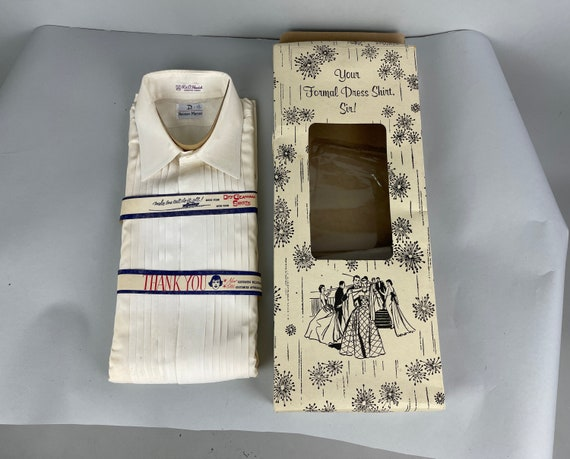 1980s Mens Deadstock Tuxedo Shirt   Vintage 80s Button Up White Cotton Oxford with Knife Pleats in Original Box NWT NOS   Size 15.5-33