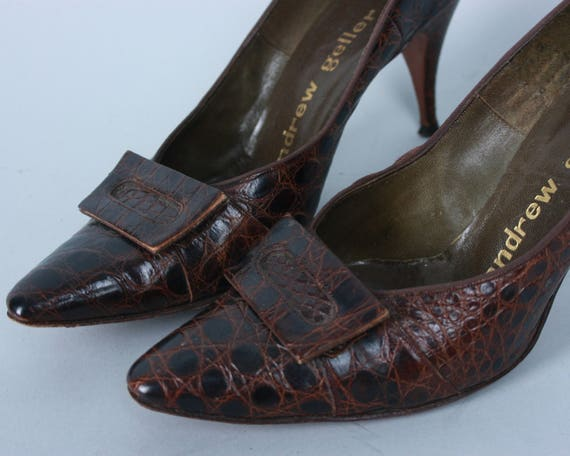 "Vintage 1950s 1960s Shoes | 50s 60s Brown Alligator Pumps Heels with Covered Buckle by ""Andrew Geller"" 