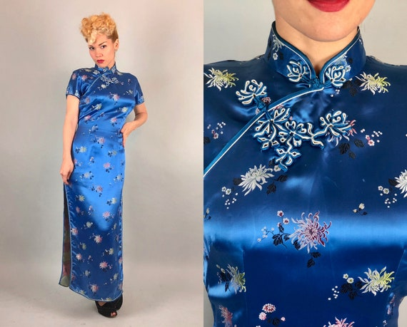 1940s Sapphire Cheongsam | Vintage 40s Silk Blue Traditional Chinese Dress Qipoa Cocktail Evening Gown w/Floral Embroidery | Small/Medium