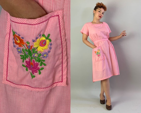 "1950s Happy Homemaker Dress   Vintage 50s ""Swirl"""