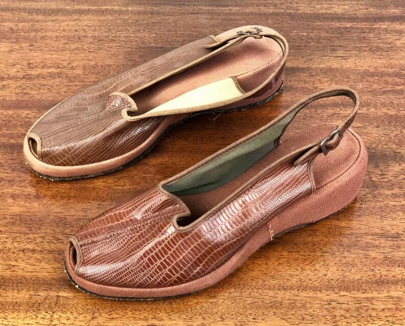 d14b1c0fdf65b 1940s Leather Slingback Shoes | Vintage 40s Burnt Sienna Brown Faux Reptile  Skin Peep Toe Platform Wedge Ankle Strap Sandals | Size US 7