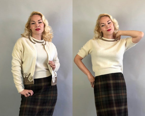 Vintage 1950s Sweater Set   50s Lambswool and Fur Blend Cream Ivory White and Mushroom Beige Embroidered Floral Appliqué Twin Set   Medium
