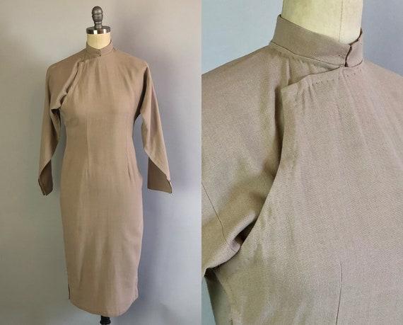 1940s Ecru Cheongsam | Vintage 40s Beige Cotton Linen Traditional Qipao Dress with Mandarin Collar & Snap Button Cuffs | Extra Small XS