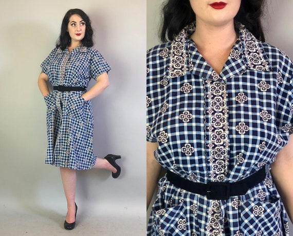 1960s Gingham Floral Dress | Vintage 60s Cotton Navy Blue, Light Blue, & White Day Dress Volup by 'Top Mode' with Pockets! | Extra Large XL