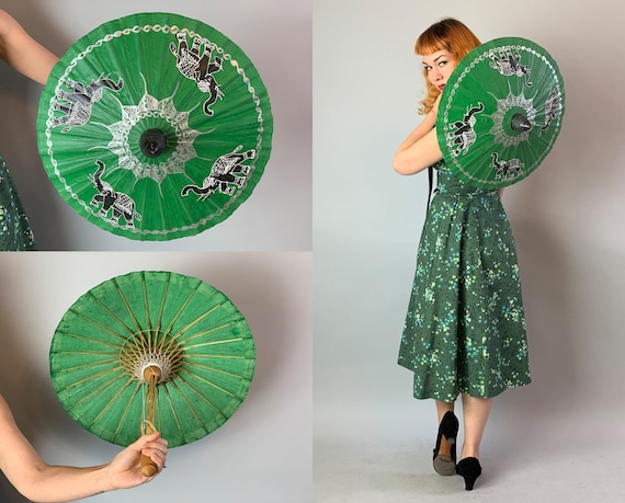 1950s Hand Painted Mini Parasol | Vintage 50s Mid Century Elephants and Lotus Flower Shamrock Green Black White Silver Parasol w/Wood Handle