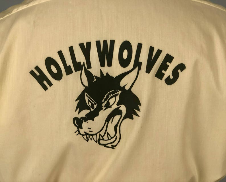 Large Vintage 60s Pale Butter Yellow Novelty Hollywood Wolf Screen Print Button-Up Shirt 1960s /'Hollywolves/' Mens Shirt