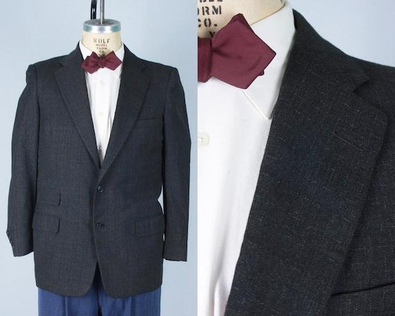 1950s Mens Light Gray Flecked Blazer | Vintage 50s Dark Charcoal Grey Black Single Breasted Sport Coat Jacket | Size 37S Small