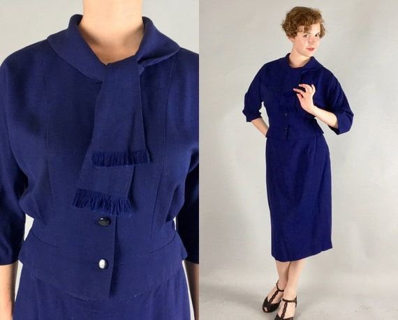 1950s Blue Skirt Suit | Vintage 50s Volup Vintage Navy Linen Suit with Fringed Scarf Collar by 'Kerrybrooke' | Large/Extra Large XL