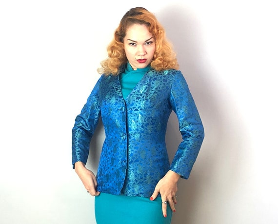 1950s Teal Silk Brocade Blazer | Vintage 50s Royal Blue & Green Paisley Evening Jacket with Self Buttons and Hourglass Shape | Small
