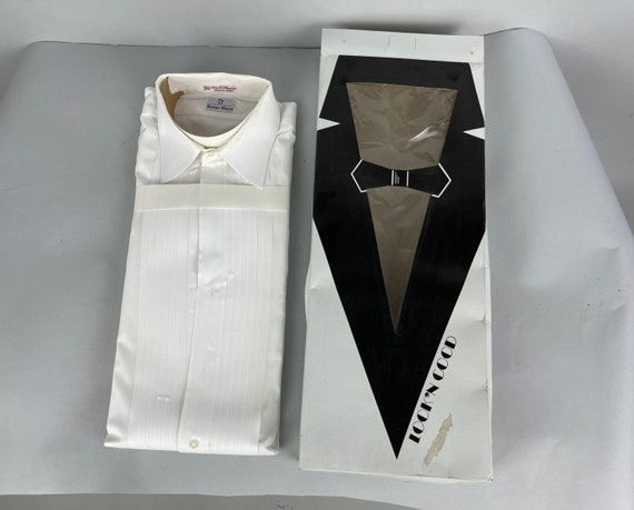 1980s Mens Deadstock Tuxedo Shirt   Vintage 80s White Cotton Formal Oxford with Knife Pleats in Original Box NWT NOS   Size 15.5-32