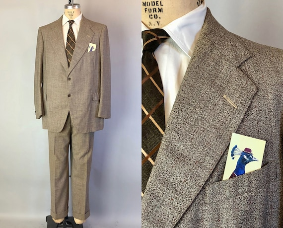 1940s Mens Suit | Vintage 40s Granite Weave Beige Tan Wool with Red & Espresso Brown Flecks Jacket and Trousers | Size 44/46 XL Extra Large