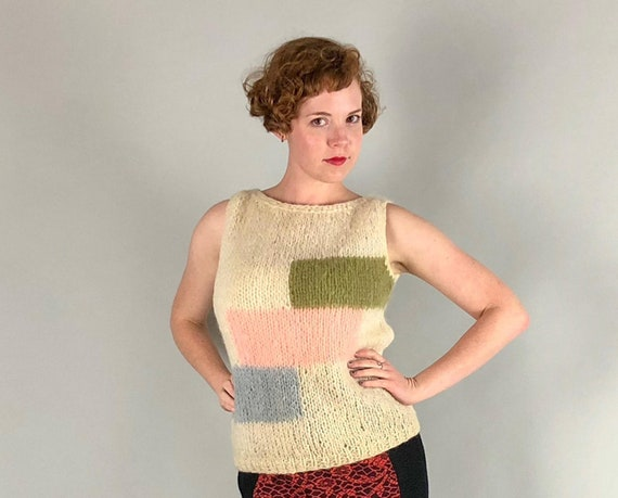 Vintage 1960s Women's Sweater | 60s Italian Wool Mohair Blend Ivory White Pastel Colorblock Sleeveless Tank Shell Sweater | Medium