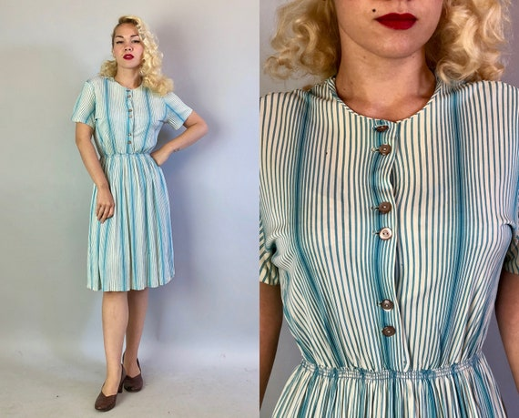 Vintage 1950s Dress   50s Variegated Blue and White Striped Acetate Jersey Casual Button Front Short Sleeved Day Dress   Small Medium