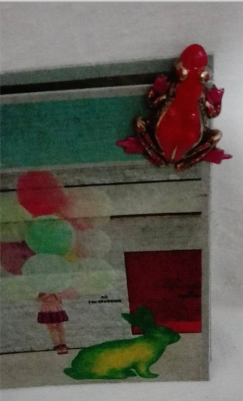 Red enamel frog by Zazou France