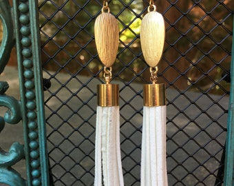 White Long Tassel Earrings, Tassel earrings, Long suede tassel earrings, Tassel Drop Earrings, drop gold earrings, Modern geometric earrings
