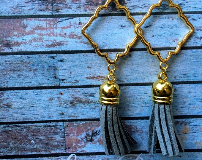 Light Grey Tassel Earrings, Tassel suede earrings, Tassel Drop Earrings, tassel earrings, drop gold earrings, Modern geometric earrings