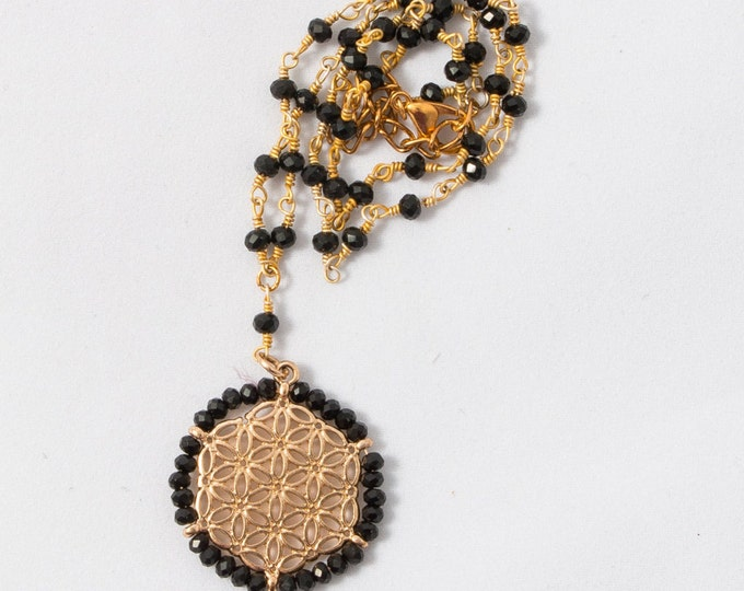 Filigree Necklace/ Statement Necklace / Trendy Necklace /Wire Wrapped Necklace / Geometric Necklace / Black and Gold / Every Day Necklace