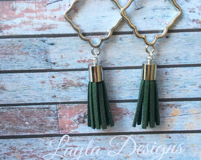 Hunter Green tassel Earrings, Tassel suede earrings, Tassel Drop Earrings, tassel earrings, drop silver earrings, Modern geometric earrings