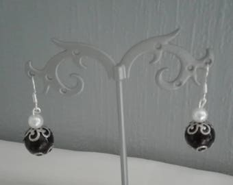 Freshwater Pearl drop earrings Silver 925 black and white bead caps-silver bridal wedding party ceremony
