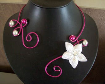 Bridal necklace wedding party holiday aluminum wire Fuchsia bridesmaid white ceremony satin flower