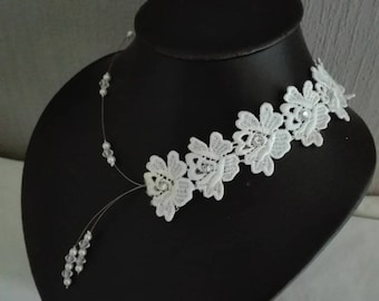Transparent white pearls, lace bridal necklace rhinestone silver wedding ceremonies parties