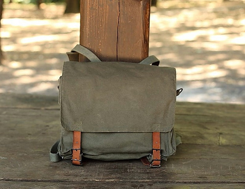 Vintage Military backpack Yugoslav Army 80 / Student bag / image 0