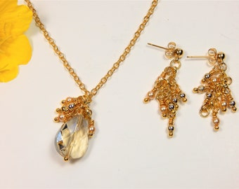 Champagne Crystal Pendant with Gold Beads and Pearls (N125)