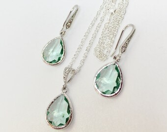Green Bridesmaid Jewellery Set Mint Crystal Jewelry Set Green Wedding Party Gift Mint Crystal Earrings Green Crystal Drop Pendant