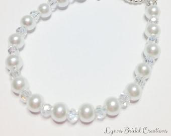 White Pearl & Crystal Bracelet Wedding Jewelry Sterling Silver Bridesmaid Gift Crystal Wedding Bracelet Beaded Jewelry Pearl Bracelet