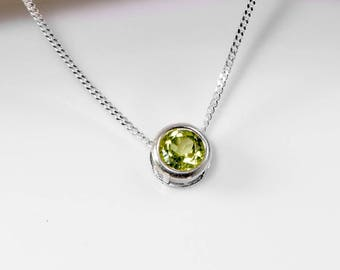 925 Peridot Necklace | Sterling Silver Peridot Jewelry | August Birthstone Slider Necklace | 925 Peridot Pendant | Gift for Her