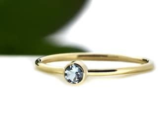 9ct Gold Aquamarine Ring | A Grade 3mm Gemstone