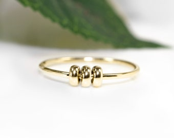 Gold Fidget Ring | 18ct Gold Spinner Rings |  Worry Bead Ring