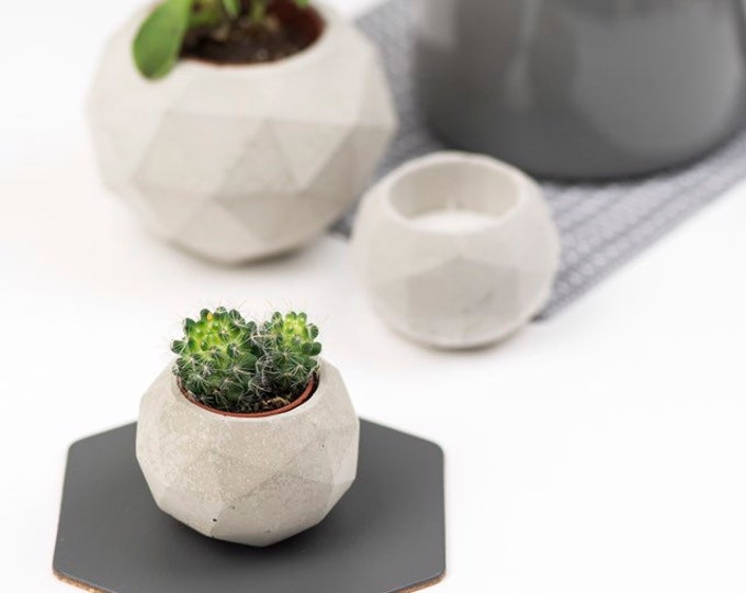 Geodesic Sphere Concrete Planter/ Tealight Holder - Small// Cactus Planter//Succulent Planter//Geometric Planter