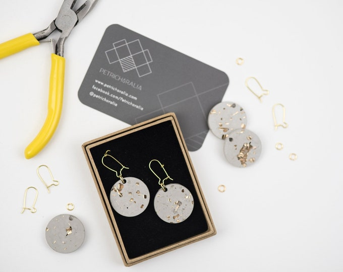 Concrete and Gold Disc Earrings//Concrete Hanging Earrings// Architectural Earrings// Brutalist Earrings