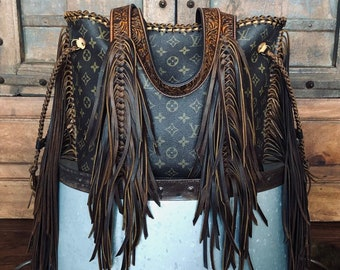 259c30365170 Louis Vuitton fringe western neverfull mm