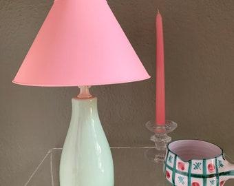 Lampe vintage 80's upcycling céramique vert mint abat jour rose lampe à poser pastel pop Scandinavian touch